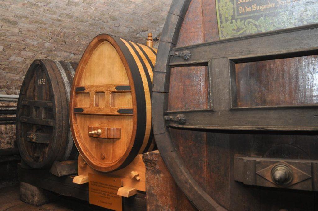 älteste Wein der Welt im Fass