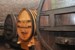 Der älteste Wein der Welt zieht um