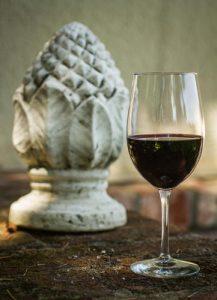 Garnacha-wein-glas-rotwein